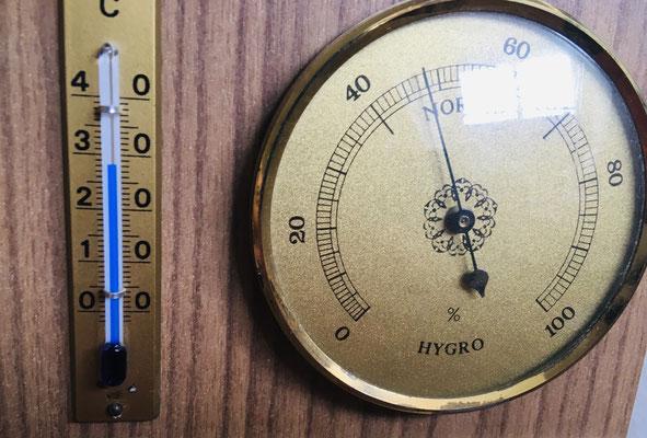 28°C stabil gehalten während Büroarbeit mit PC usw.