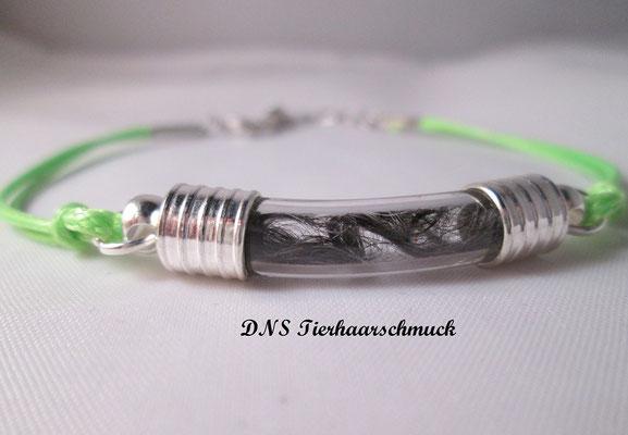 Armband mit Bogenphiole