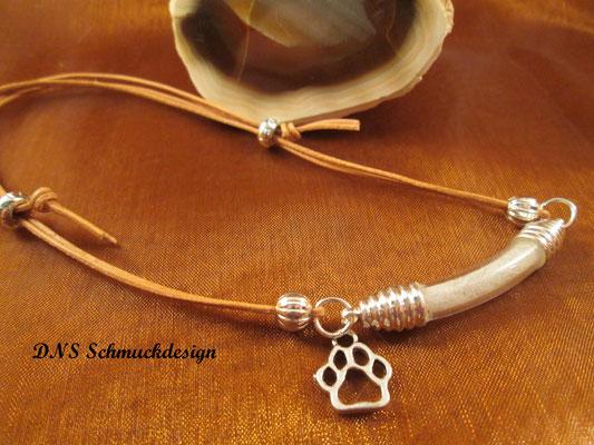 Armband mit befüllter Bogenphiole