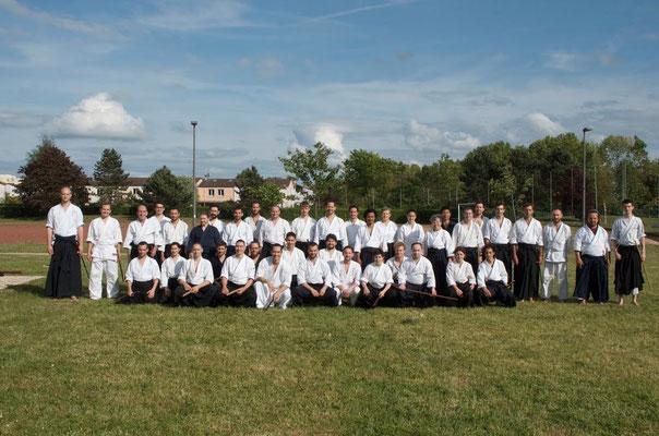 Photo de groupe - cours d'armes en extérieur, Reims 2015