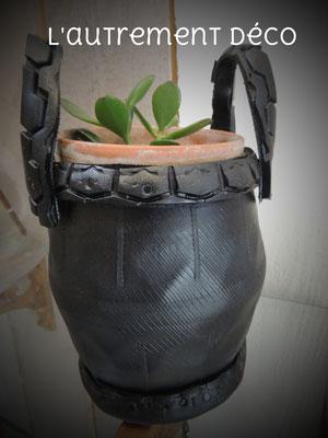 pot de fleur en pneu