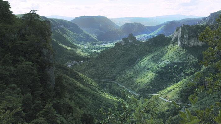 les-gorges-de-la-jonte-aval-vacances-sport-et-nature-hebergement-en-gite-d'-exception-le-colombier-saint-veran-aveyron-meuble-de-tourism5-etoiles-credit-photo-mcg