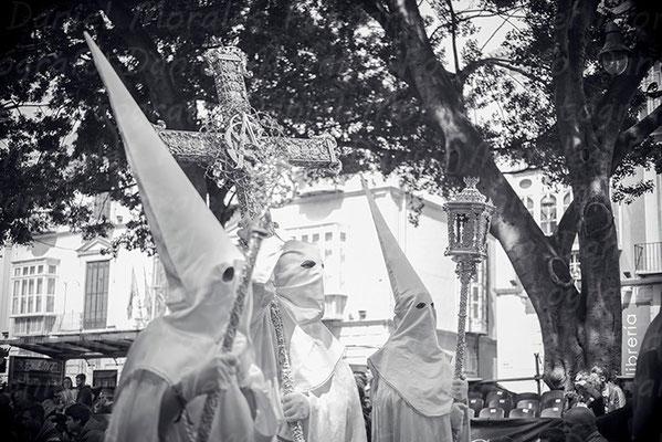 Cristo Resucitado y María Santísima Reina de los Cielos Málaga - Agrupación de Cofradías