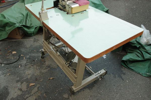 JUKI 中古オーバーロックミシン MO-2304 工業用ミシン