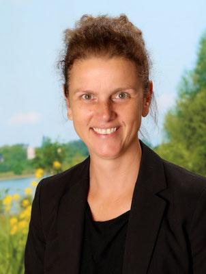 Frau Martina Linten - Rektorin / Lehrerin in Klasse 4
