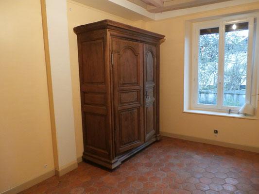 Il semble que la chambre soit terminée... Ah non, il manque les lits !