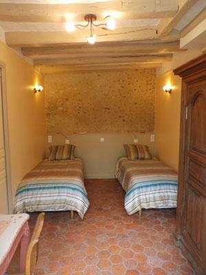 La même chambre peut être préparée avec 2 lits jumeaux.