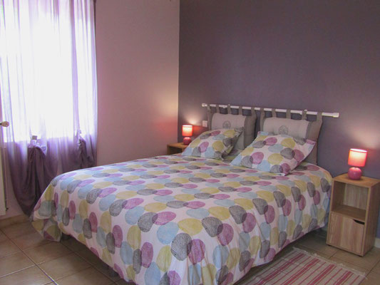 Chambre rose lit double - Gîte de Marcadé - Clermont - Landes Chalosse