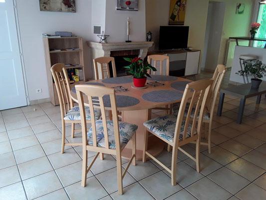 Salle à manger - Gîte de Marcadé - Clermont - Landes Chalosse