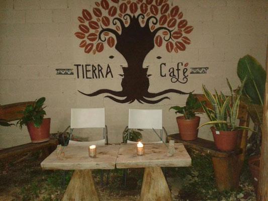 Tierra Café