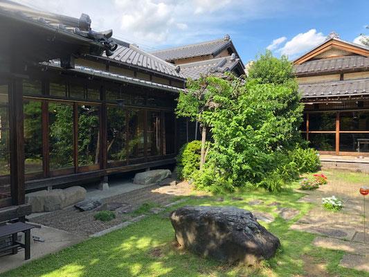 二木屋の庭