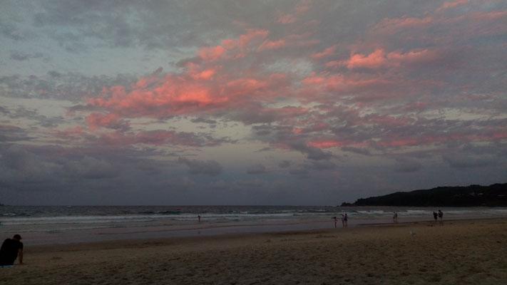 Le ciel coloré en début de soirée