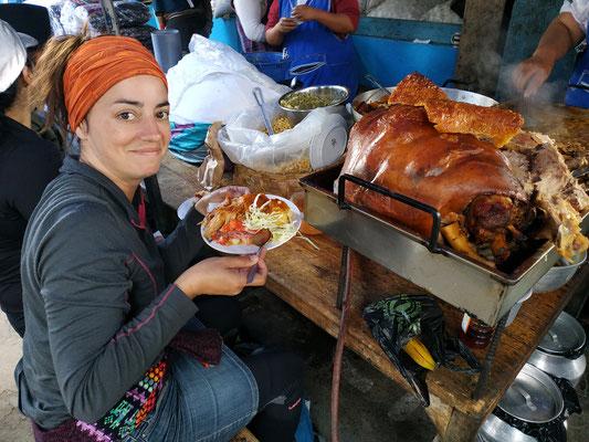 """Un de nos nos meilleurs souvenirs """"bouffe"""", sur le marché d'Otavalo !!"""