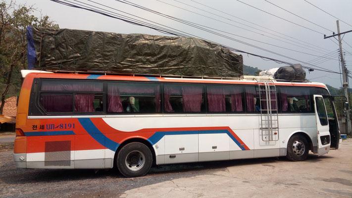 Notre bus de Vientiane à Thakhek