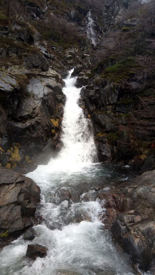 Et une cascade à traverser, une !