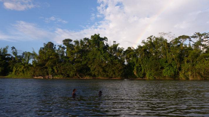 Avec Katia, dans le rio Arayuno !