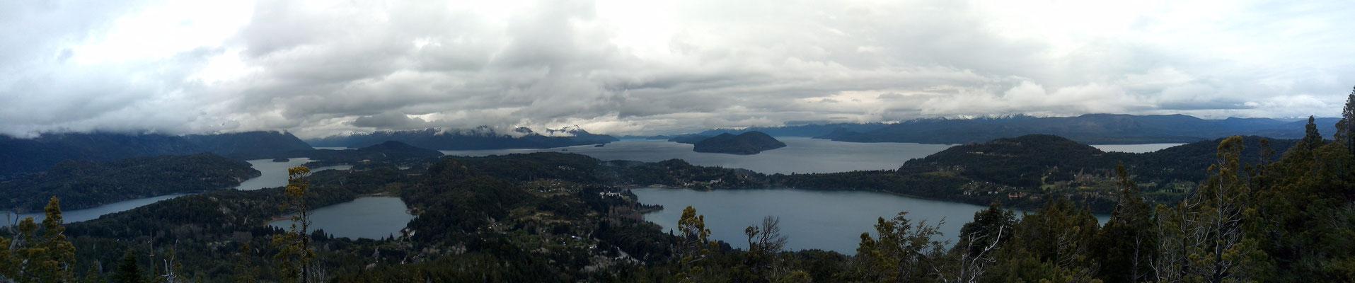 Vue sur les fjiords depuis le Cerro Campanario
