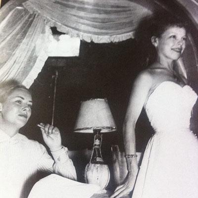 Cécile Aubry avec Hélène Cordet en 1947 © IMDb