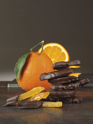 ORANGE PEEL DIPPED IN CHOCOLATE