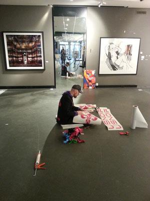 ... Beschriftung in der Hamburger Galerie