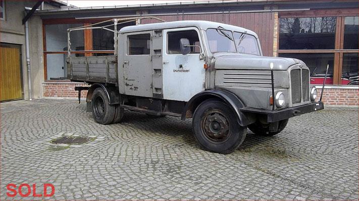 IFA S4000 Bautruppwagen