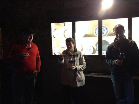 彼ら、彼女ら1100人もの小生産者によって素晴らしいワインが生み出されています。