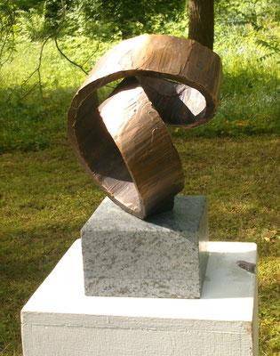 """""""Schlaufe"""" Bronze Höhe 20 cm"""