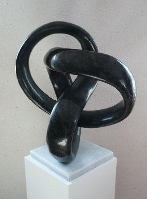 """Dialog der Kurven"" Diabas 60 cm"