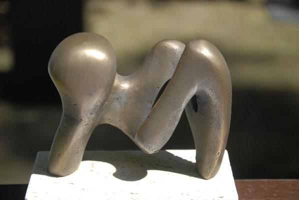 """""""Liegende"""" Bronze Breite 20 cm"""