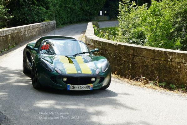 La Lotus Elise S2 de l'équipage De Laureston et Le Bon.