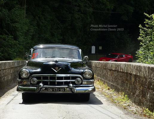 Fenouille et Puce sur leur Cadillac Le Mans.