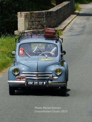 La Renault 4 CV de René et Boris Boubet.