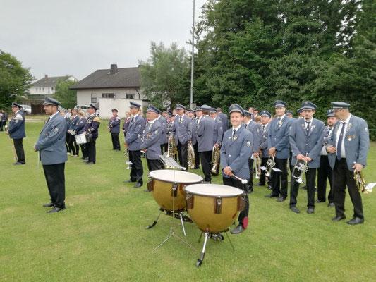 Begleitung des Scharmeder Schützenfestes durch den Musikverein Jugendlust Scharmede