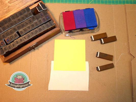 kleines Stempelset und Stoff, als Lineal für die Stempel benutze ich ein Post-it