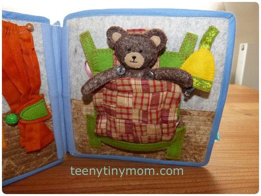 Teddy im Bett