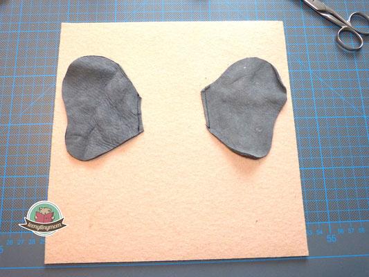 Ohren nur an der inneren Seite aufnähen, damit die Ohren wedeln können.