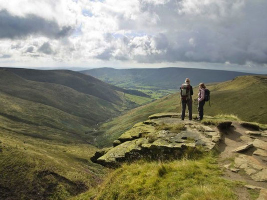 Guided walk at the top of Crowden Clough