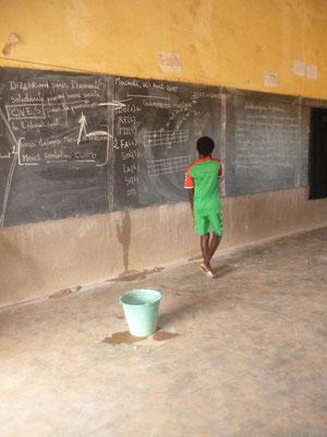 Unterricht beim Fußballbildungscamp, August 2015