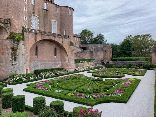 Découvrir les parcs et jardins au coeur de la cité épiscopale d'Albi / Au mas de Janita ©