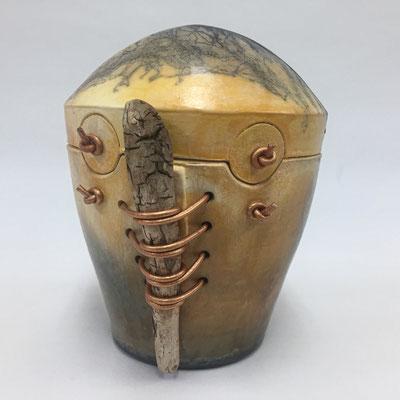 € 50 raku techniek; decoratieve pot met drijfhout ca. 18cm h