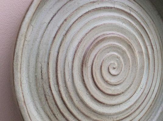 grote schaal 32 cm steengoed € 55