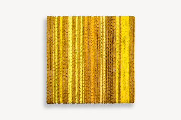 Barbara Reck-Irmler: BOX Nr. 15 · 2019 · textile, wood · 70 x 72 x 9 cm