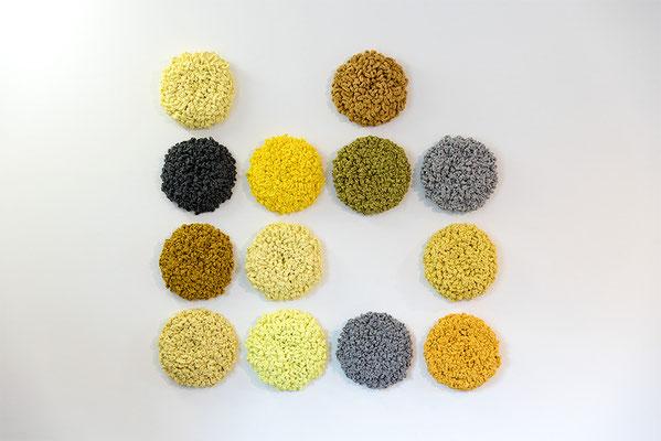 Barbara Reck-Irmler:  FLOWER Installation · 2018 · Textil, Schichtholz · 160 × 160 cm · Privatsammlung