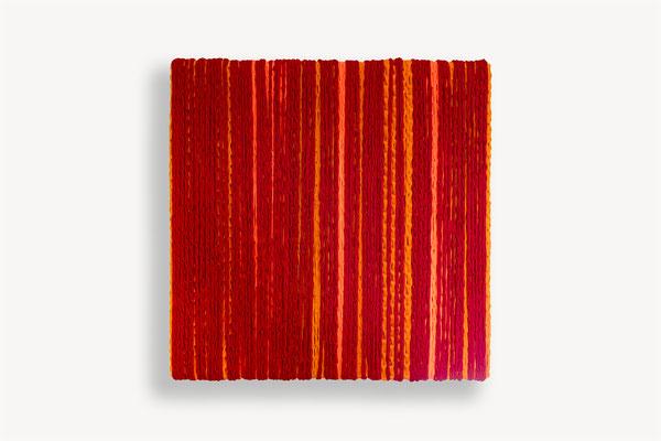 Barbara Reck-Irmler · BOX Nr. 09 · 2018 · Textil, Schichtholz · 72 x 72 x 10 cm