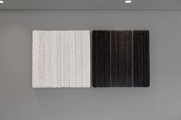 Barbara Reck-Irmler: BOX Nr. 10 + 11 · 2018 · textile, wood · je 72 x 72 x 9 cm · private collection