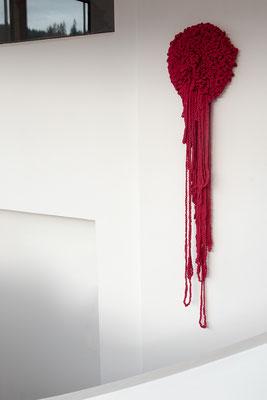 Barbara Reck-Irmler · Flower, tearful · 2017 · textile, wood · 45 x 180 x 7 cm