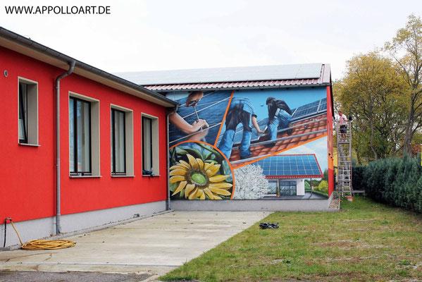 Sonnenhandwerker Solar Fassadengestaltung mit Wandbild-Firmenlogo gestaltet in Fürstenwalde - Bad Sarrow mit der Graffiti Kunst im schönen Brandenburg Oder Spree