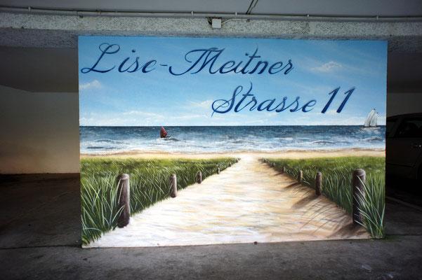 Parkhaus Bemalt mit Ostseemotiven Maritim Graffiti Potsdam