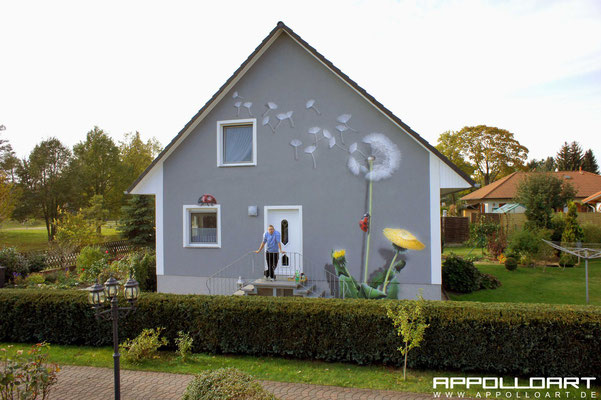 Fassadenkunst Kunst am Bau durch Graffiti Graffitibild umgesetzt Hoppegarten