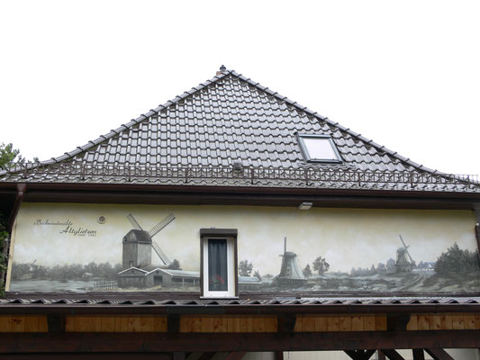Sepia Bild Graffiti Hohenschönhausen